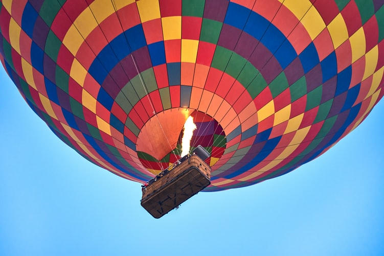 colorful-hot-air-balloon-from-below