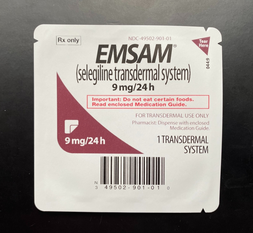 EMSAM-patch-packaging-with-label